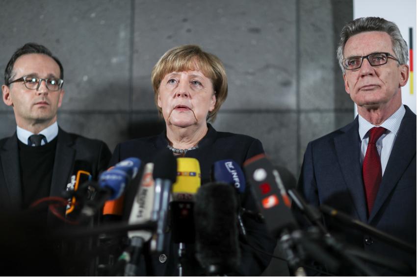 Geheimdokument enthüllt: Die unfassbaren Lügen der Merkel-Regierung - Kopp Report