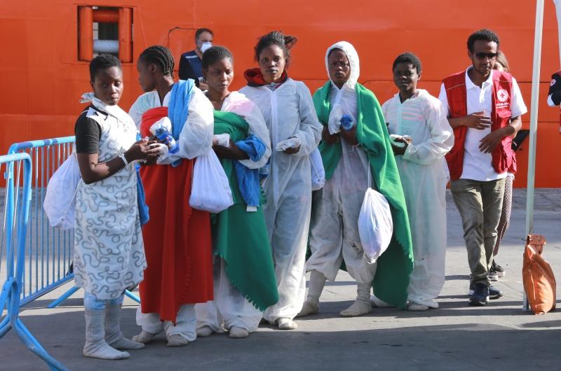 kopp_report_armutsmigranten_hafen_Sizilien