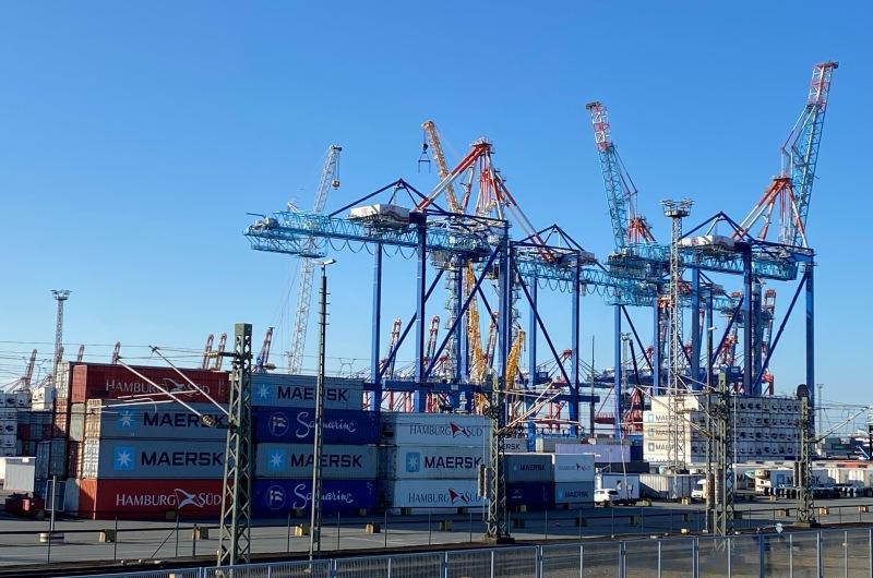 KOPP_Report_Hafen_Export_Container_Wirtschaft_3