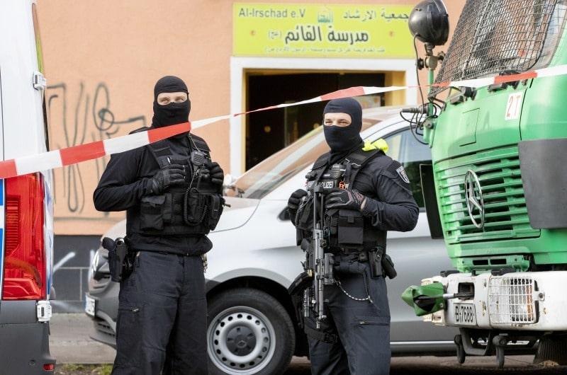 dpa132086834_razzia_Al_Irschad_Moschee_hisbollah_berlin