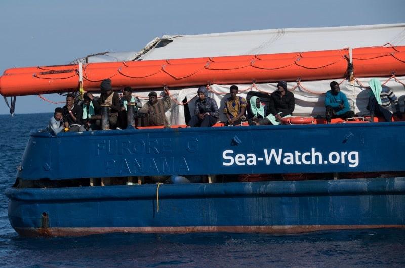 dpa116197330_sea_watch_ngo_migranten_afrika_mittelmeer_fluechtlinge