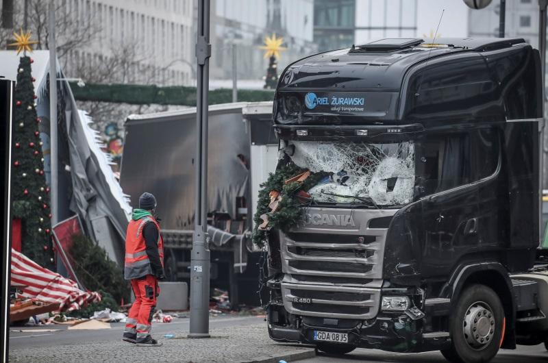 dpa87009509_anis_amri_breidscheidplatz_terror